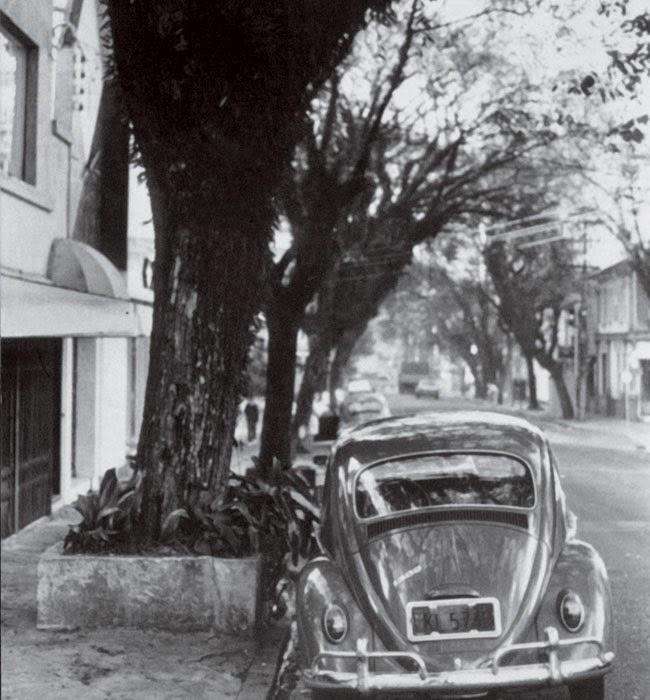 Fachada da loja da Natura na rua Oscar Freire. O Fusca foi utilizado por Luiz Seabra para comprar sua participação na sociedade da empresa