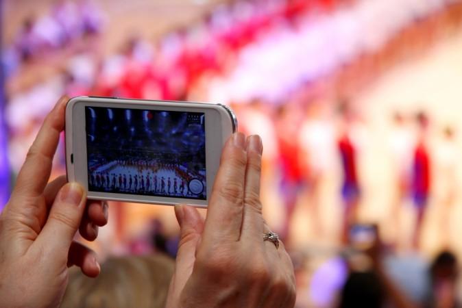 Com celulares modernos, qualquer pessoa consegue filmar situações no dia a dia e postar nas mídias sociais. Mais isso é jornalismo?